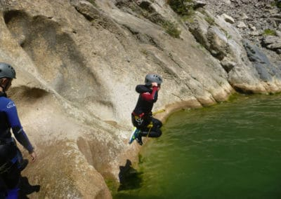 Initiation au saut en canyon au Galamus