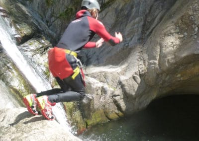 canyoning découverte d=sur le canyon du gourg des Anelles
